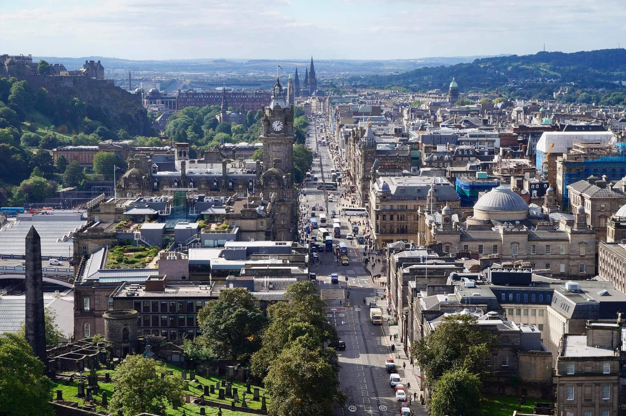 Moving to edinburgh 3 looking for new jobs, leaving your loved ones, and selling your possessions when moving to a different place can be tough. There are many things you need to take into consideration before moving away. To help make it easier for you, here are some things to do before and after the move.