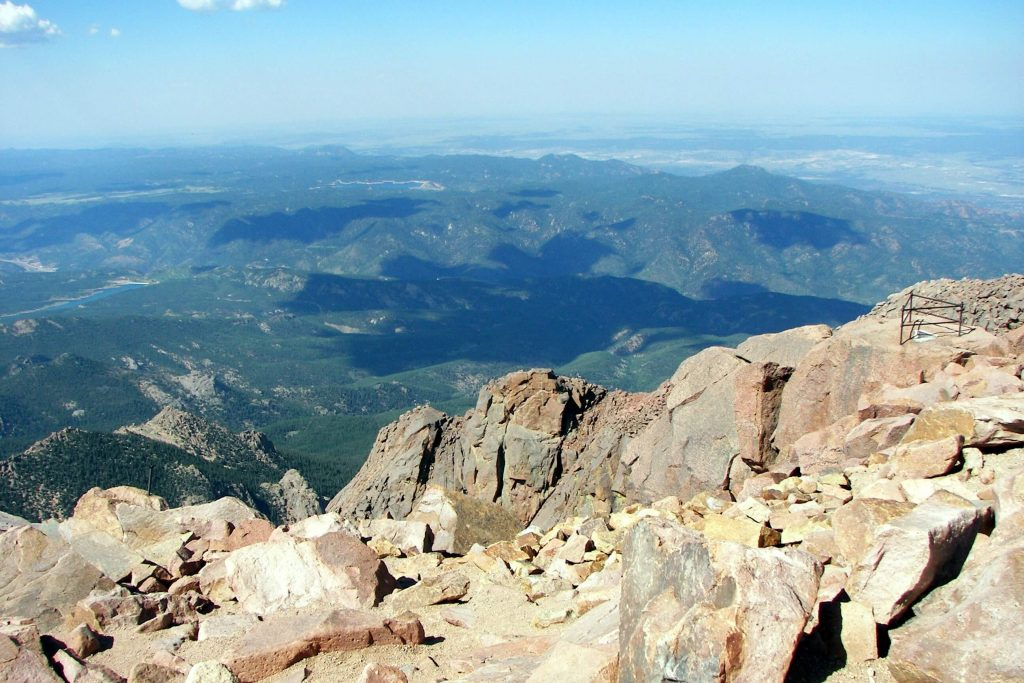 Barr trail to pikes peak summit hiking colorado springs