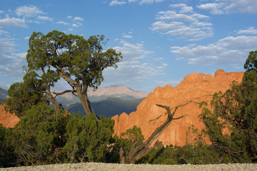 Garden of the gods colorado springs pikes peak