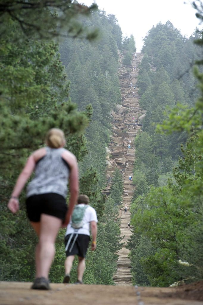 Manitou incline trail colorado springs hike