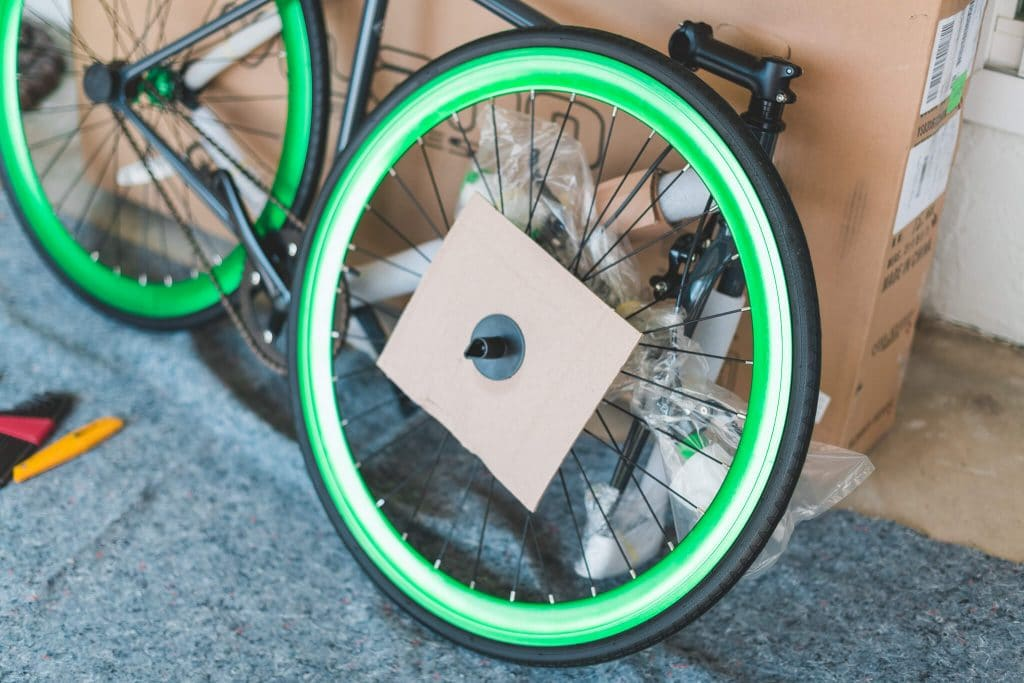 vilano fixed gear bike front wheel packaging