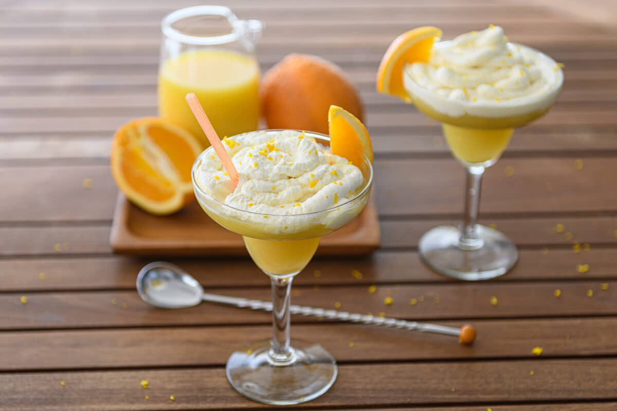 orange Creamsicle Cocktail Recipe drink