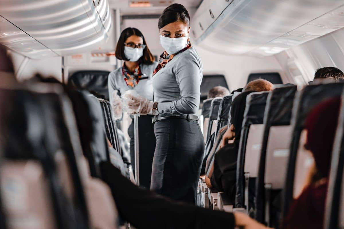 Traveling for work in 2021 - 4 tips for professionals