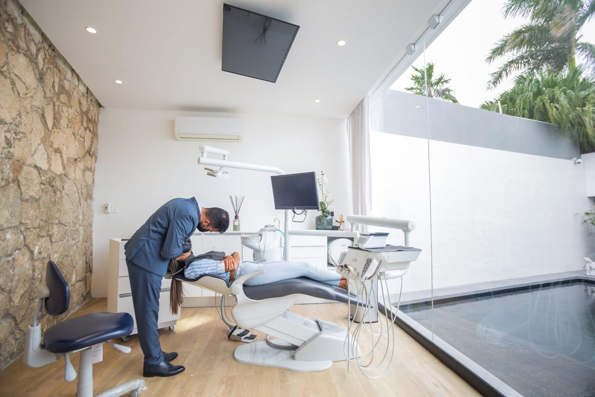 Looking for a medical clinic heres how to pick the right one